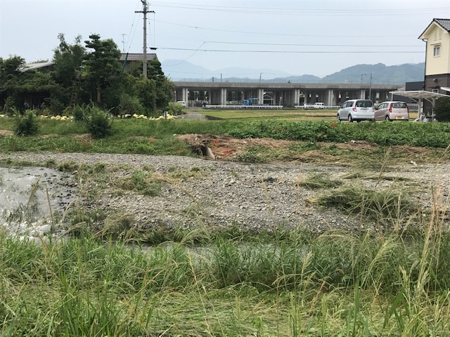 河床掘削の推進